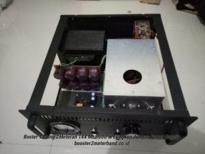Booster Tabung 2 Meter Band frekuensi 144 Mhz 500 W Tinggal Colok Listrik